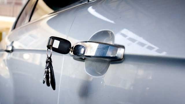Car-keys-in-door-jpg.jpg