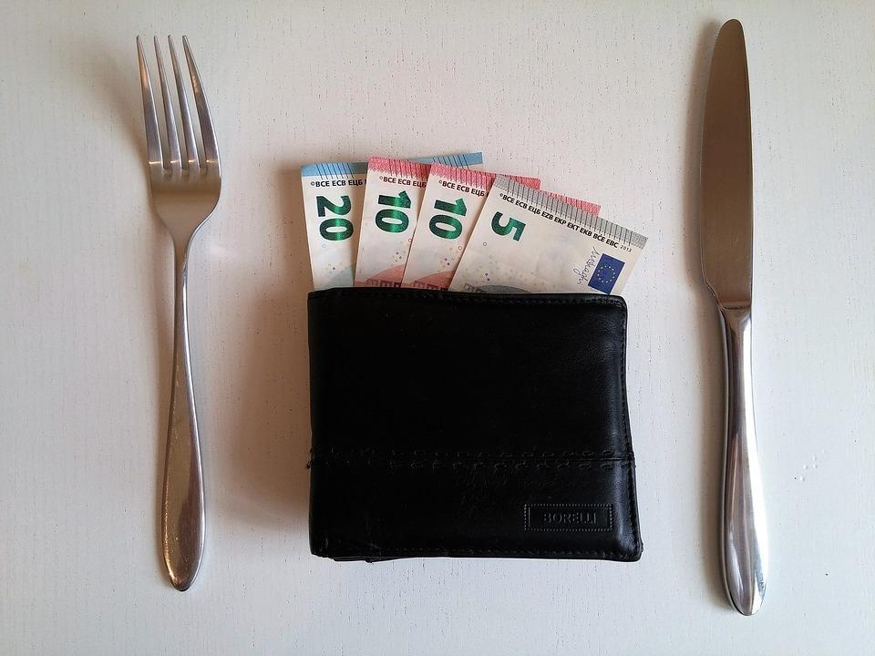 money-2159310_960_720.jpg