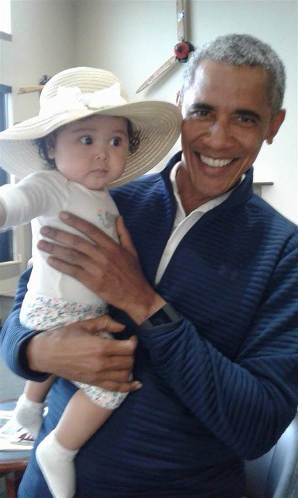 mother and baby met Obama2.jpg