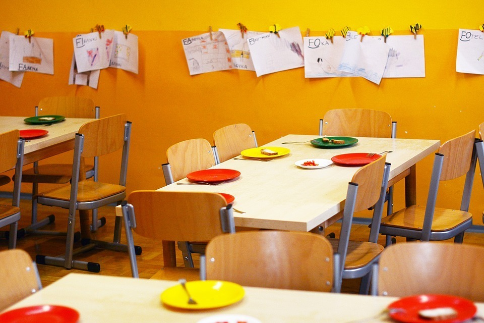 food school-2456159_960_720.jpg