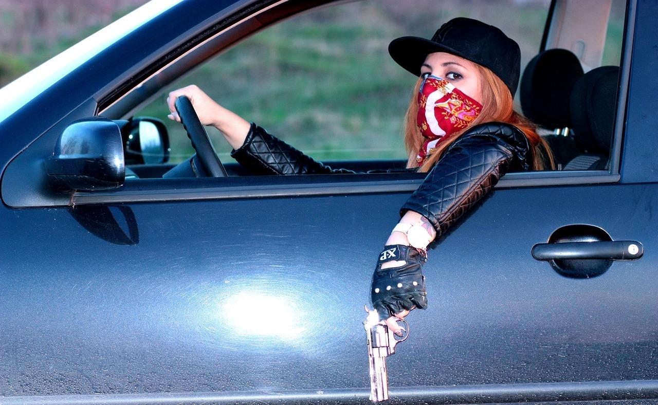 gangster-1242935_1280.jpg