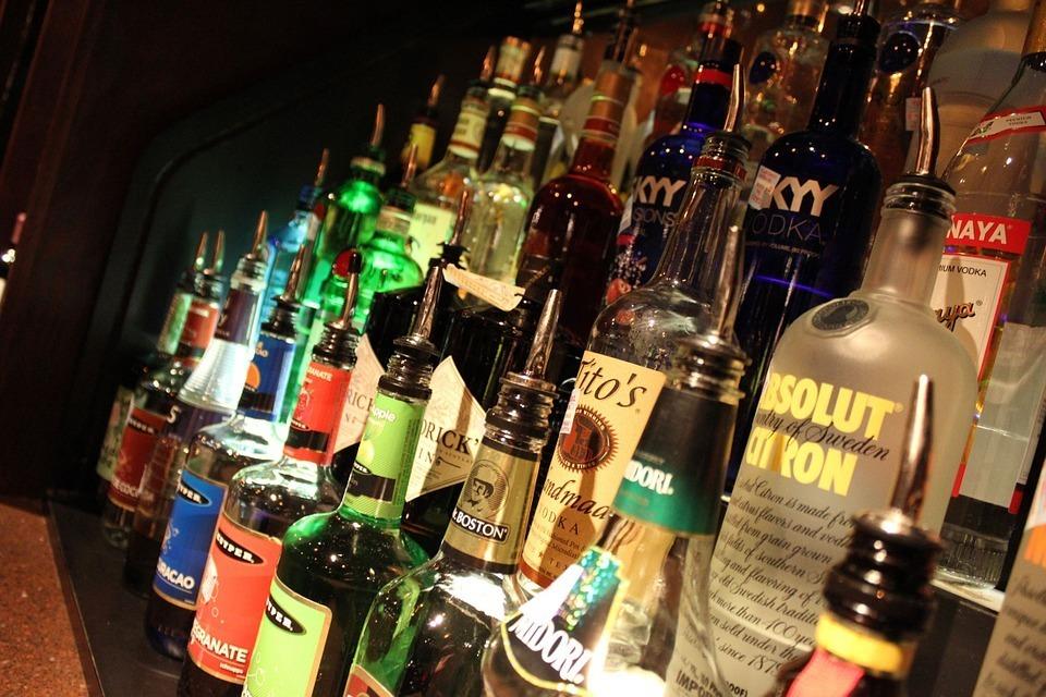 liquor-264470_960_720.jpg