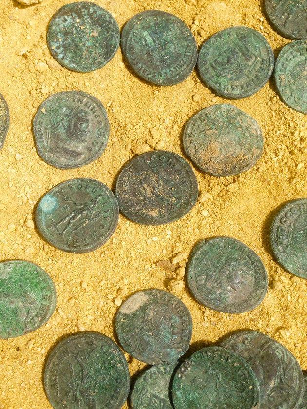 roman coins2.jpg3.jpeg