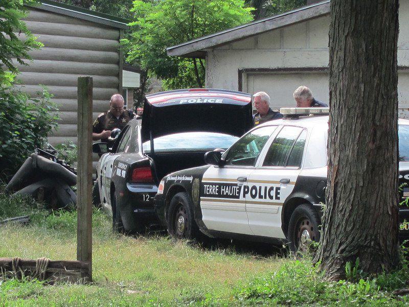 stolen police car2.jpg