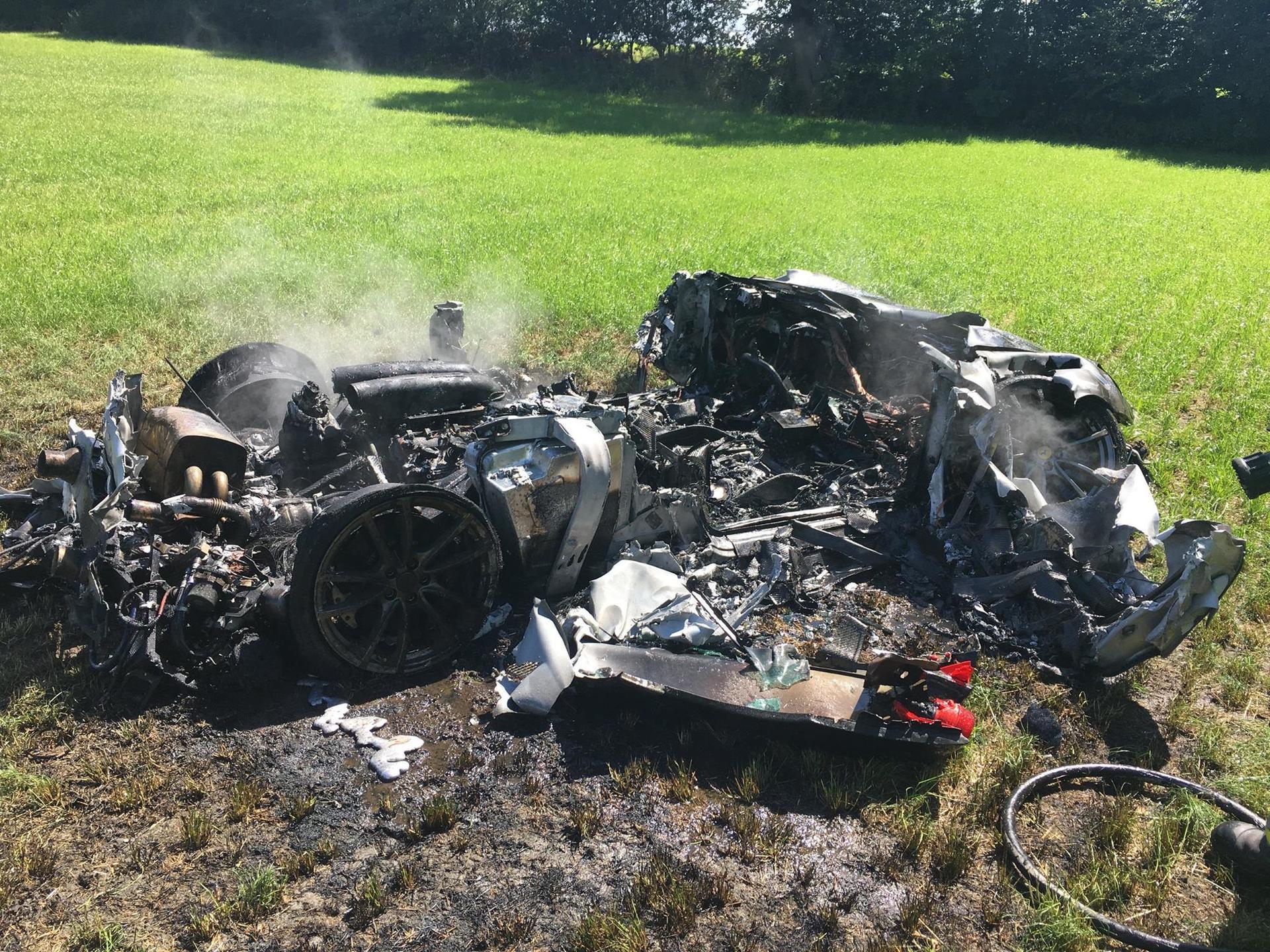 totaled Ferrari2.jpg