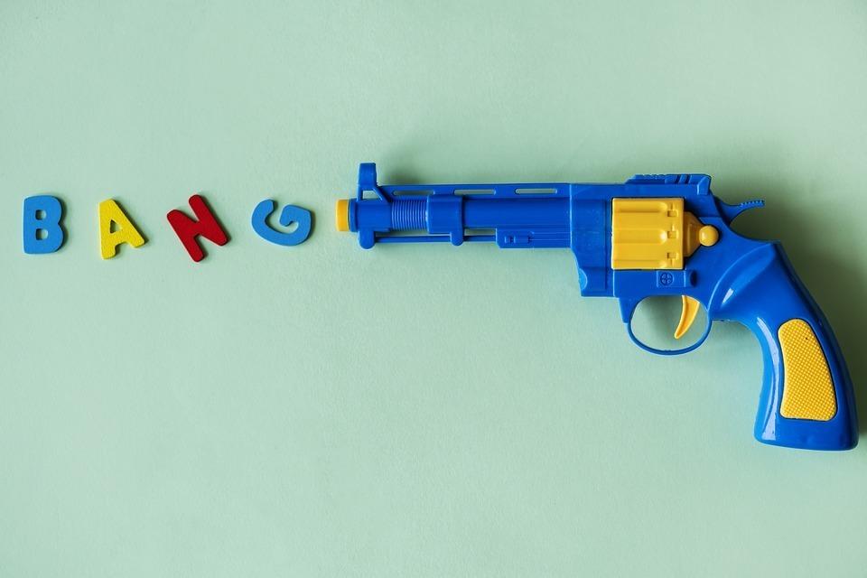 toy gun.jpg