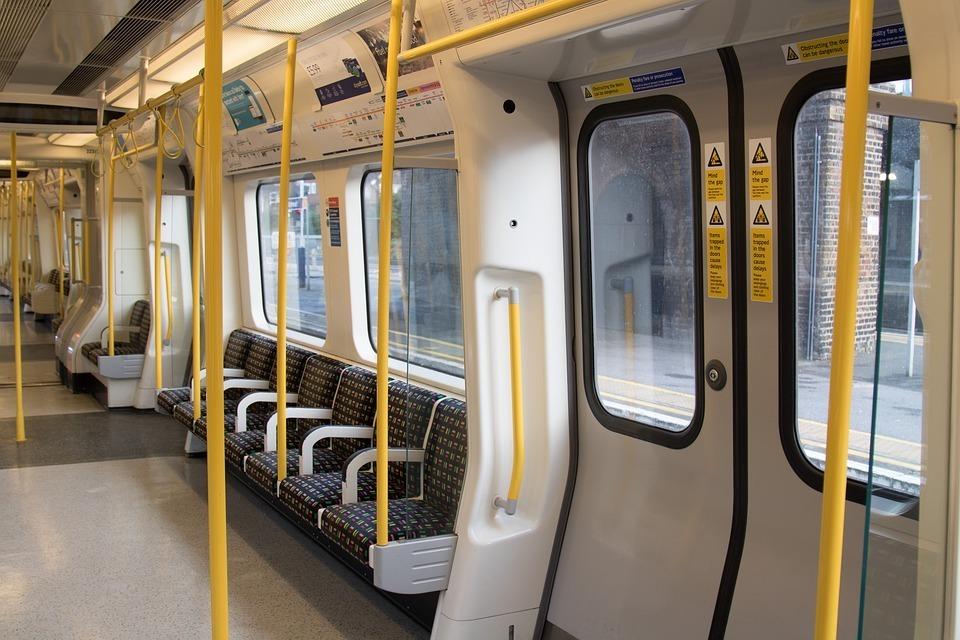 tube london-underground.jpg